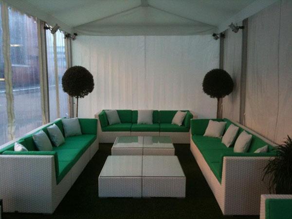 referenzen lounge m bel vermietung mietm bel rattan. Black Bedroom Furniture Sets. Home Design Ideas